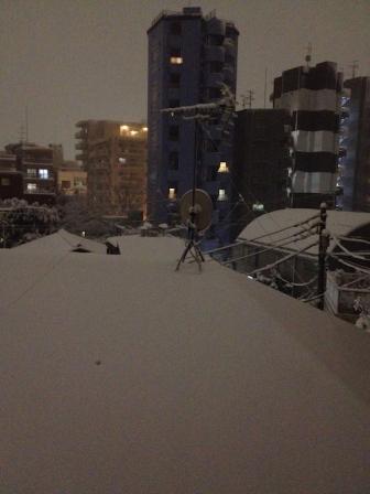 Un soir de février, à la fenêtre ...